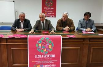 ACIREALE: SBOCCIA LA PRIMAVERA DEI CARRI ALLEGORICI
