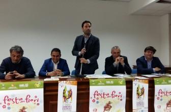 """CARNEVALE A PRIMAVERA: AD ACIREALE LA """"FESTA DEI FIORI"""""""