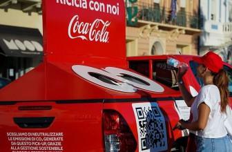 COCA-COLA, TOUR NELLE SPIAGGE DI MONDELLO PER INCORAGGIARE I CONSUMATORI AL RICICLO